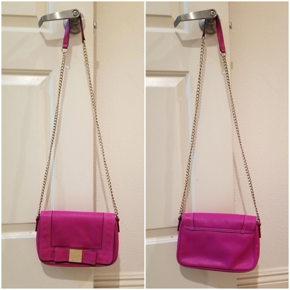 kate spade Handbags - Kate Spade. Fuchsia chain cross bag